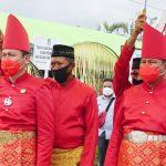 >> Iskandar Kamaru-Deddy Abdul Hamid.