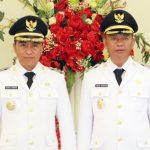 >> Bupati Boltim, Sam Sachrul Mamonto (kiri).