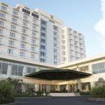 >> Hotel Peninsula Manado.