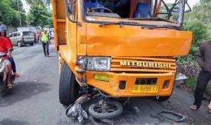 >> ilustrasi kecelakaan lalu lintas.