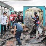 >> Penyebab kebakaran hebat di Pasar Tua, Bitung belum terungkap.(ist)