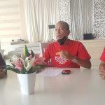>> Caretaker Ketua KONI Manado, Jan Lengkong didampingi Roby Lumi dan Hendra Massie.