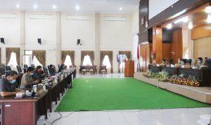>> Rapat Paripurna DPRD Tomohon, terkait Ranperda RPJMD 2021-2026.
