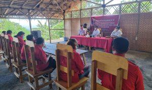 >> Ketua DPRD Bitung Aldo Nova Ratungalo melaksanakan kegiatan reses untuk menyerap aspirasi masyarakat.(ist)