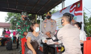 >> Suasana vaksin di Mako Brimob Sulut.