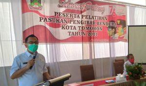 >> Walikota Caroll Senduk, saat membuka pelatihan Paskibra Kota Tomohon.